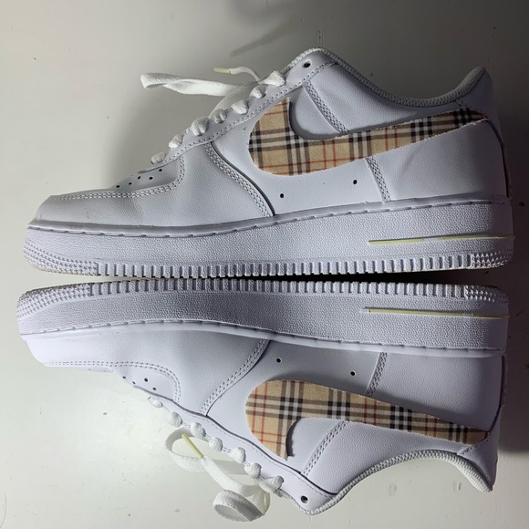 BURBERRY AIR FORCE 1'S
